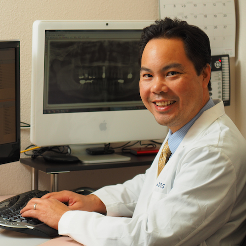 Dr. Joe, a dentist in Poway, provides a warm and friendly atmosphere that makes a difference